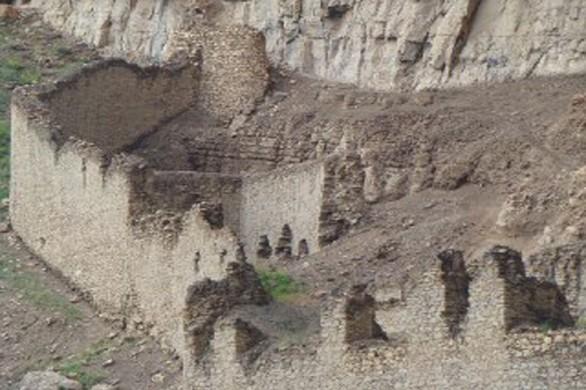 قلعه سیاه